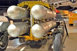Η ΣΑΟΥΔΙΚΗ ΑΡΑΒΙΑ ΕΧΕΙ 7 ΠΥΡΗΝΙΚΕΣ ΚΕΦΑΛΕΣ ΕΤΟΙΜΕΣ ΓΑ ΧΡΗΣΗ ,ΕΠΙΒΕΒΑΙΩΝΕΙ Η CIA.-CIA Confirms Saudi Arabia Have 7 Nuclear Bombs Ready To Use