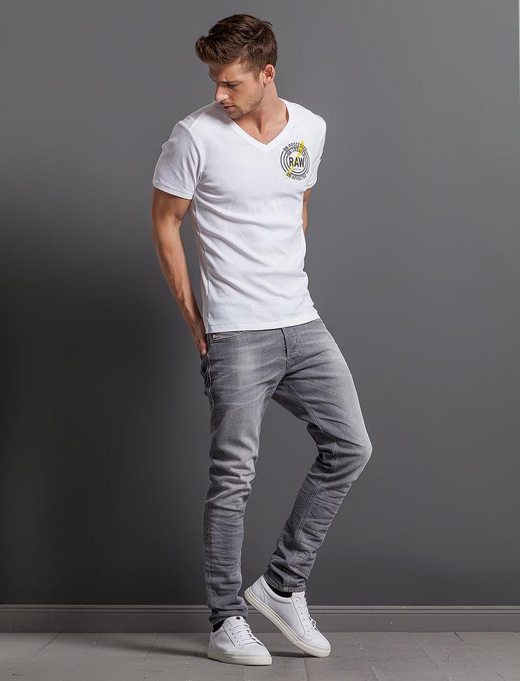 """Diesel - Jeans """"Tepphar"""" im Slim Carrot Fit GREY USED - 149,95 €"""