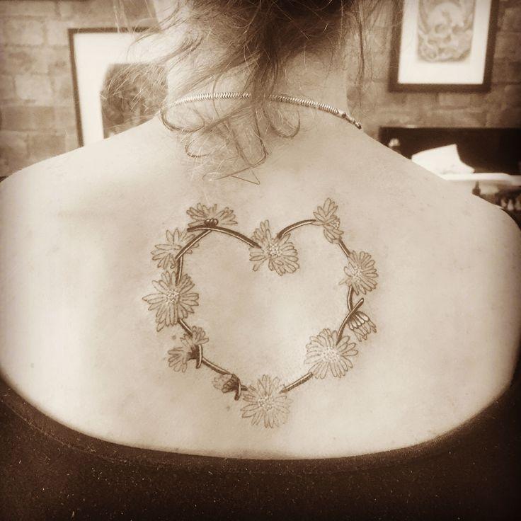 Best 25 Daisy Chain Tattoo Ideas On Pinterest Hippie
