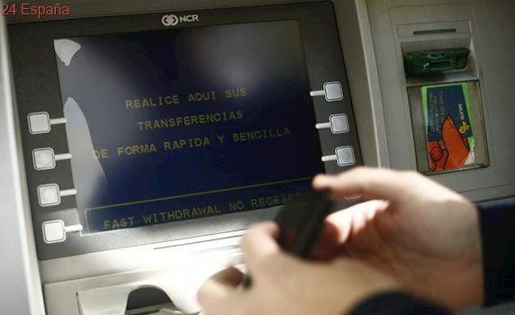 Desarticulada una red robaba datos de tarjetas de crédito en más de 200 cajeros automáticos