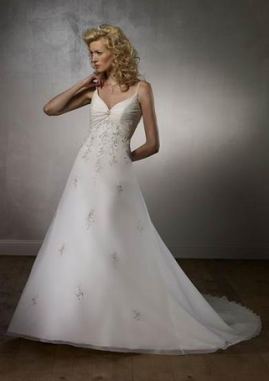 Svadobné šaty B2025