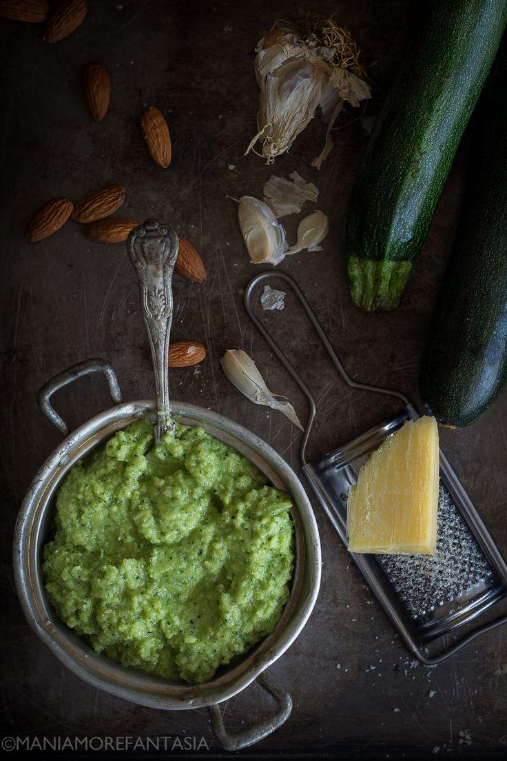 come preparare il pesto di zucchine ricetta facile