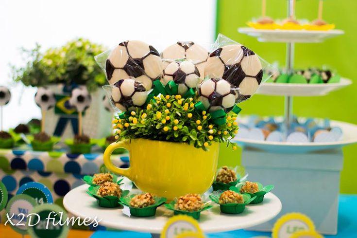 Festa Infantil Copa do Mundo com produtos Bolando Arte