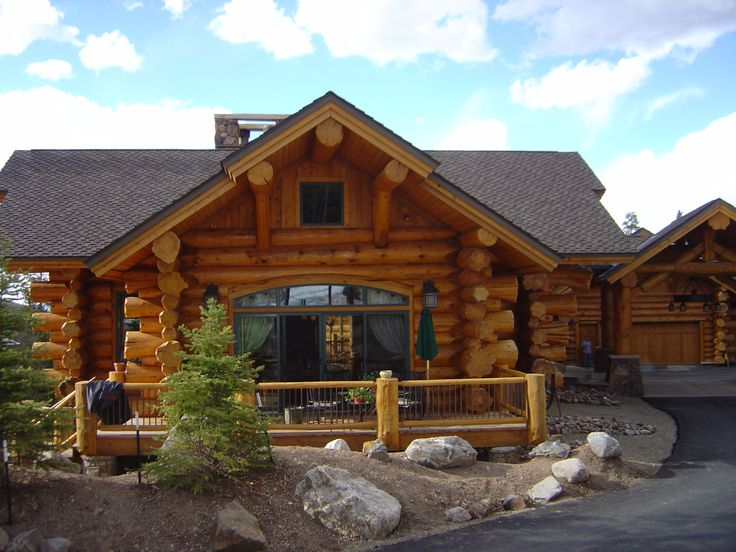 17 best images about small log cabins on pinterest on for Log home pictures exterior