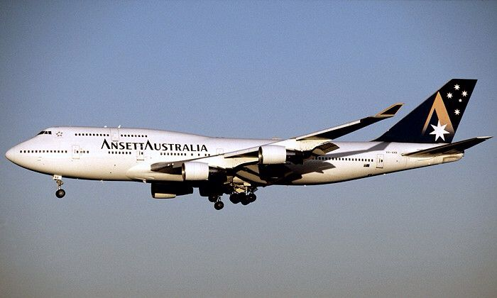 Ansett Australia Boeing 747-412 (VH-ANB) in the 'Starmark' livery at Sydney Kingsford Smith Airport, April 2000.