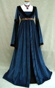 vestido Medieval                                                                                                                                                                                 Más