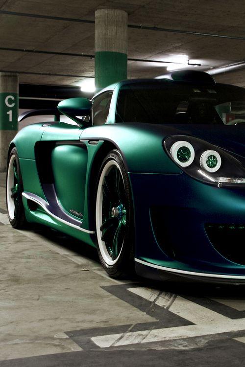 Green car | repinned by an #advertising agency from #Hamburg / #Germany - www.BlickeDeeler.de | Follow us on www.facebook.com/Blickedeeler