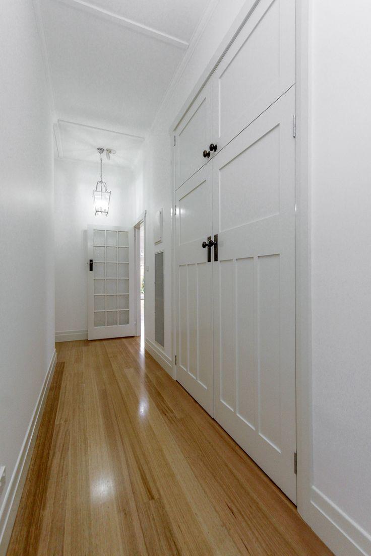 Hallway/Linen Cupboard