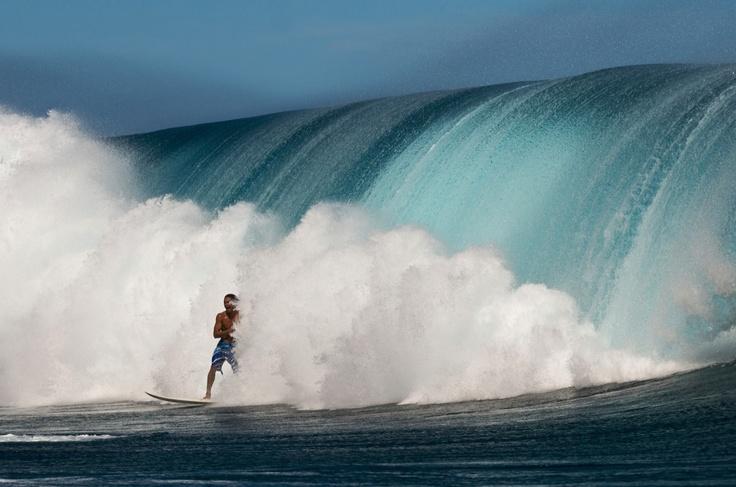Photographer Tim McKenna // Athlete Hira Teriinatoofa
