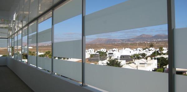Galería acristalada - Reforma del Hotel 4 estrellas Lanzarote Village, Puerto del Carmen, Lanzarote