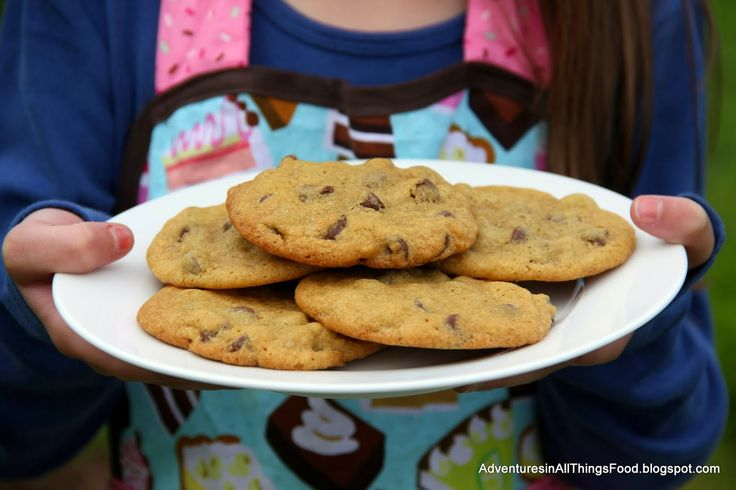Fell in love with Mimi's Adventures in Baking by Alyssa Gangeri! It was the perfect story to help my 5-year old make a batch of chocolate chip cookies with confidence. #ad   #bookreview