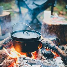 Dutch Oven | gietijzeren pan - urbansandindians.com - Photo by 88forever