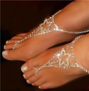 Diamond foot jewelry.. so gorgeous...BEAUTIFUL FEET!!..........LOVE 'EM !!