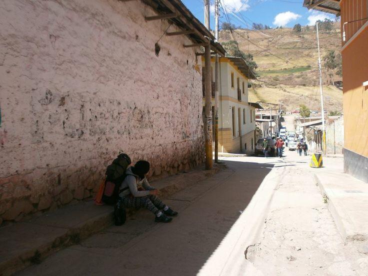 Mochileando. Canta, Lima.