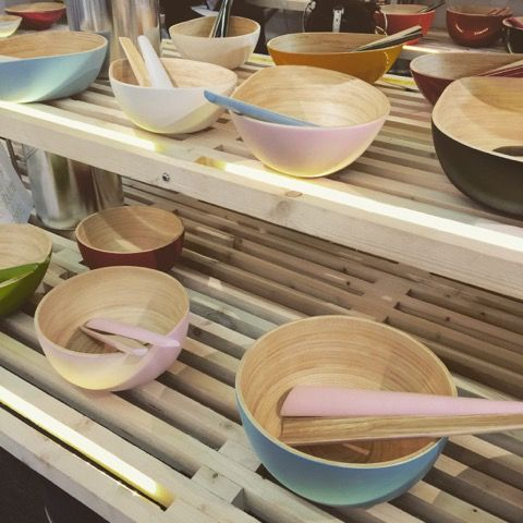 Ronique Gibson: Eco-friendly kitchen housewares prove they can still be beautiful. Bibol.fr shows how colorful bamboo bowls.