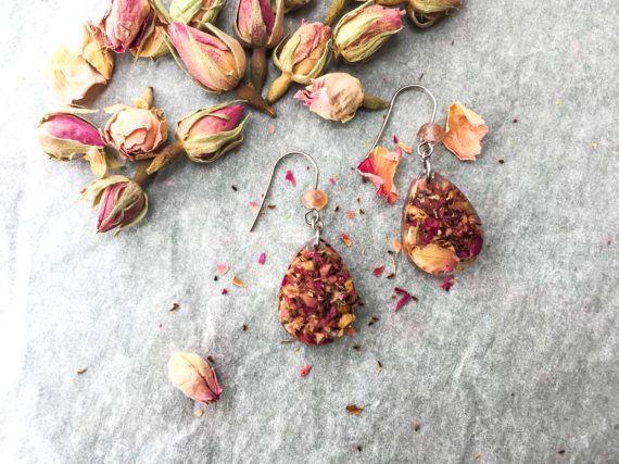 Orecchini a goccia di rose vere, rose rosa - gioielli naturali - botanici