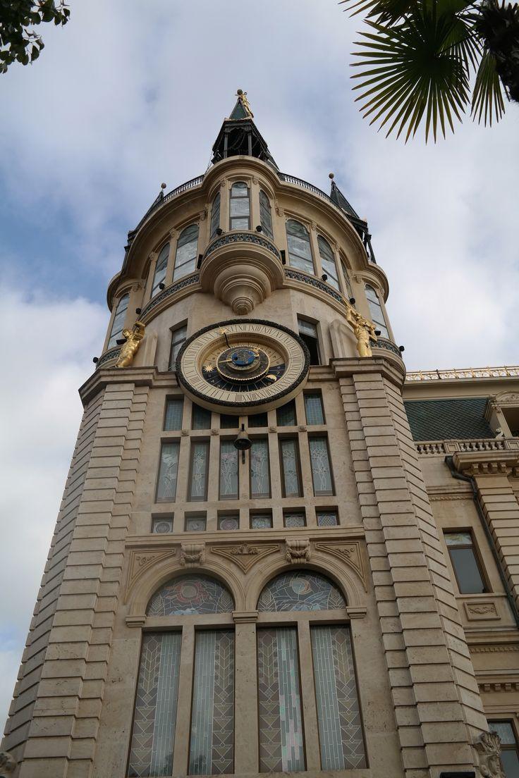 Batum Astronomik Saat  Gürcistan  Astronomical Clock in Europe Square in the city of Batum