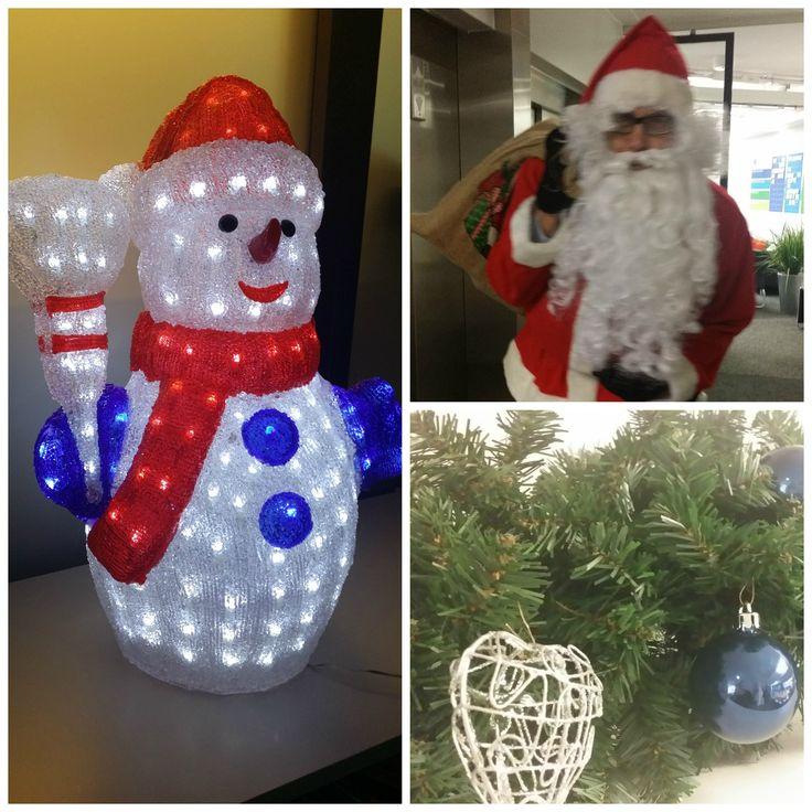 Tänään vietettiin MPS:n Helsingin toimistolla perinteistä puurojuhlaa, johon henkilökuntamme lapset olivat tervetulleita. Joulupukkikin ehti piipahtaa jakamassa etukäteislahjoja pienoisille, joulukiireistään huolimatta. MPS:n väki toivottaa kaikille hyvää joulua!