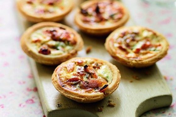 Mini Quiche Lorraine These mini quiches taste so much better than the ones you can buy. Freeze them uncooked and then bake from frozen and they will taste every bit as fresh as the day you assembled them. For vegetarian quiches, use fried chestnut mushrooms and chopped chargrilled peppers in place of the bacon and pick a veggie-friendly cheese. My pastry takes less than five minutes to make but you can use a 500g block of ready-made shortcrust pastry instead if you like.