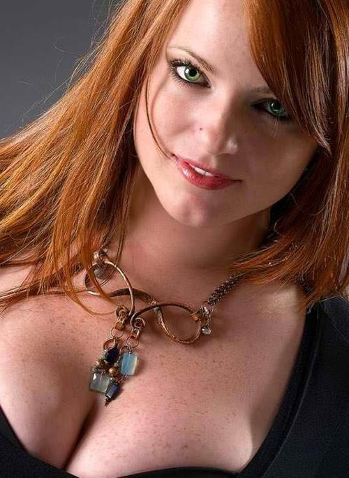Curvy Red Heads Nude 13