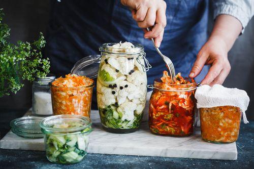 Příprava domácí mléčně kvašené zeleniny