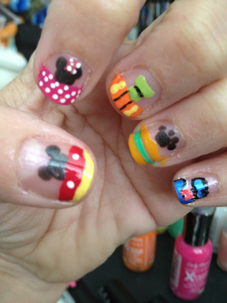Disney French Tip Nail Art. Fabulous Five Nails. Mickey Mouse, Minnie Mouse, Goofy, Pluto, & Donald Duck.