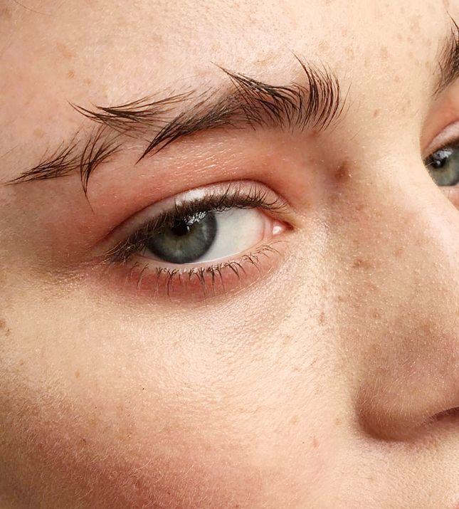 Акцент на брови — главный тренд макияжа из инстаграма