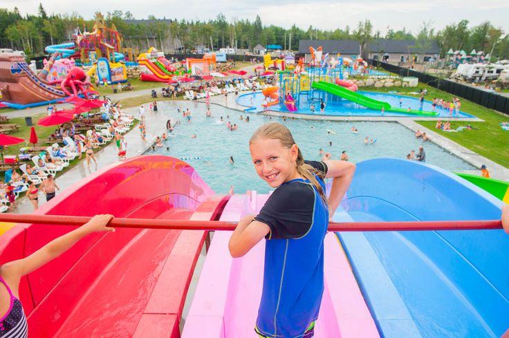 Jeux d'eau au Complexe Atlantide, Lanaudière, Québec.