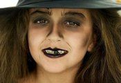 Comment faire un maquillage de sorcière de Halloween ?