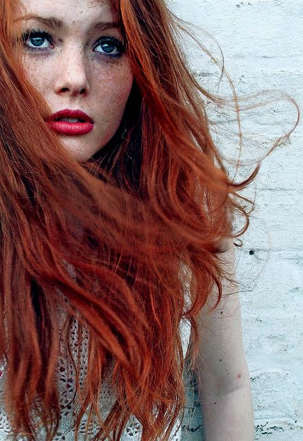 Red hair...copper tones.. lovely indeed www.copperhairtone.com