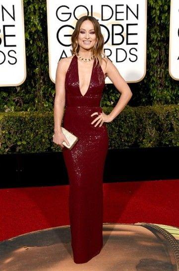 Olivia Wilde in Michael Kors Collection e gioielli Bulgari - Long dress bordeaux di paillettes per Olivia Wilde ai Golden Globe 2016