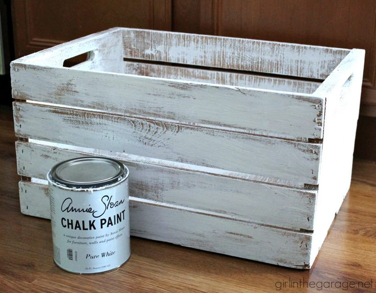 Decoupage Napkins – Upcycled Wooden Crate – DIY Makeover – girlinthegarage.net  – CRAFTY HOME IDEAS