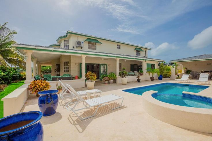 Ocean View villa is the perfect Barbados vacation retreat, away from the bustle of traditional tourist areas yet conveniently within reach of beaches and restaurants...