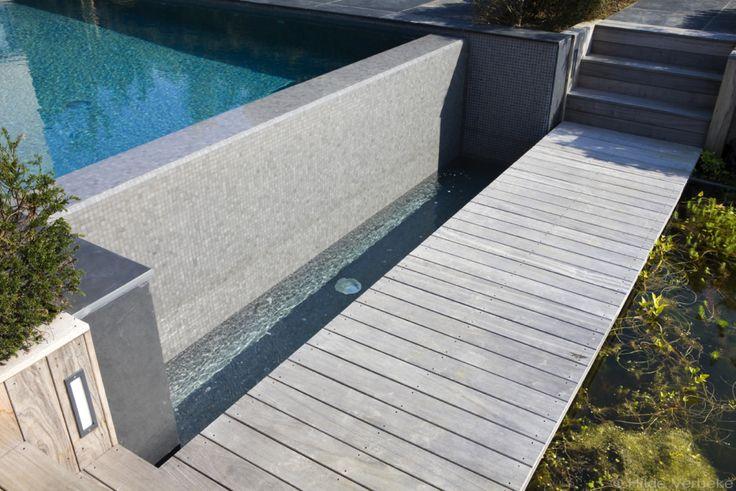 betonnen zwembad, zwembad, mozaïek baden, overloopbad, zwembaden, buitenzwembad