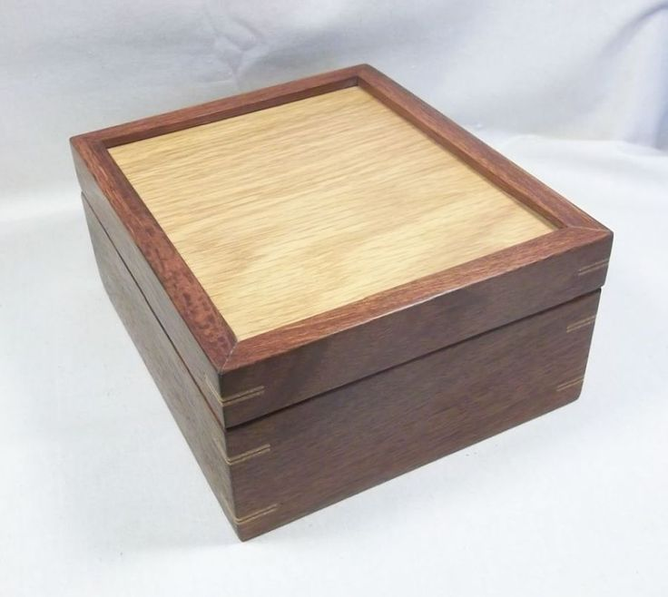 Jarrah and American White Oak, a great combination of timbers.