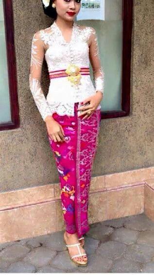 Kebaya / tenun/ Batik Indonesia