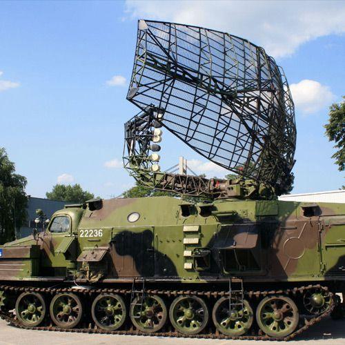 Askeri teknolojide elektriksel alanlar ve manyetik alanlar önemli bir yer oluşturuyor. Askeri radarlar, jammer ( frekans karıştırıcılar) vb. cihazların yaydığı elektromanyetik radyasyonun ölçümü için Wavecontrol SMP2 emr cihazını kullabilirsiniz.  http://www.emaolcumu.com/uygulama-alanlari/savunma-sanayi-isg/