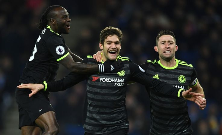 Marcos Alonso of Chelsea celebrates with Victor Moses and Gary Cahill after scoring his team's second goal: Leicester 0-3 Chelsea, 14 Jan 17