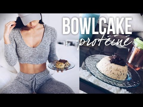 BOWLCAKE PROTÉINÉ (Express, vegan et pauvre en glucides) - YouTube