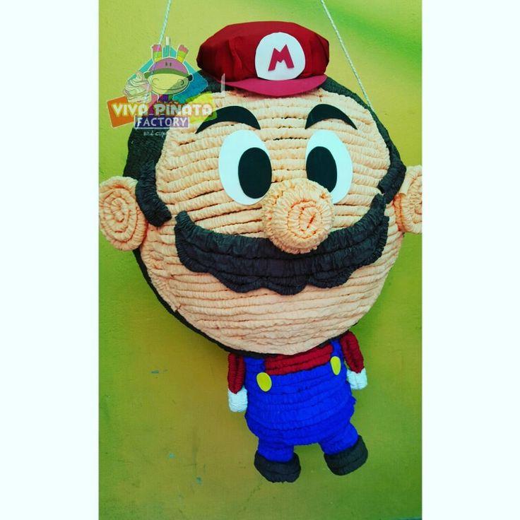 Nuevo modelo piñata Mario Bros... también contamos con velas de todos los personajes al igual que platos y vasos.