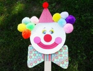paper plate clown puppet