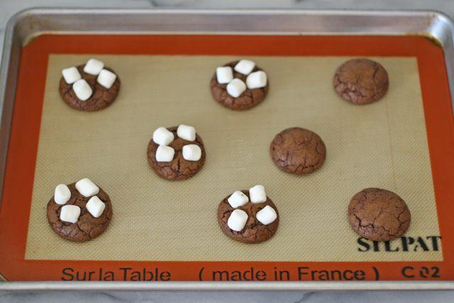 Rocky Road Cookies | GloriousTreats.com