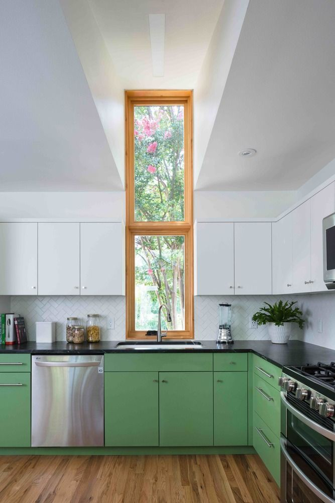 Gallery of Skyview / Murray Legge Architecture - 2