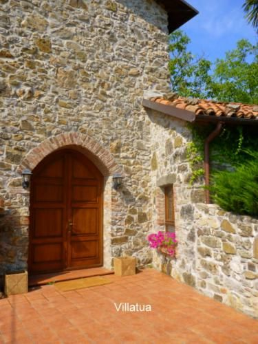 Property for sale in Tuscany, Lucca, Lucca, Italy - Italianhousesforsale - http://www.italianhousesforsale.com/view/property-italy/tuscany/lucca/lucca/2793638.html