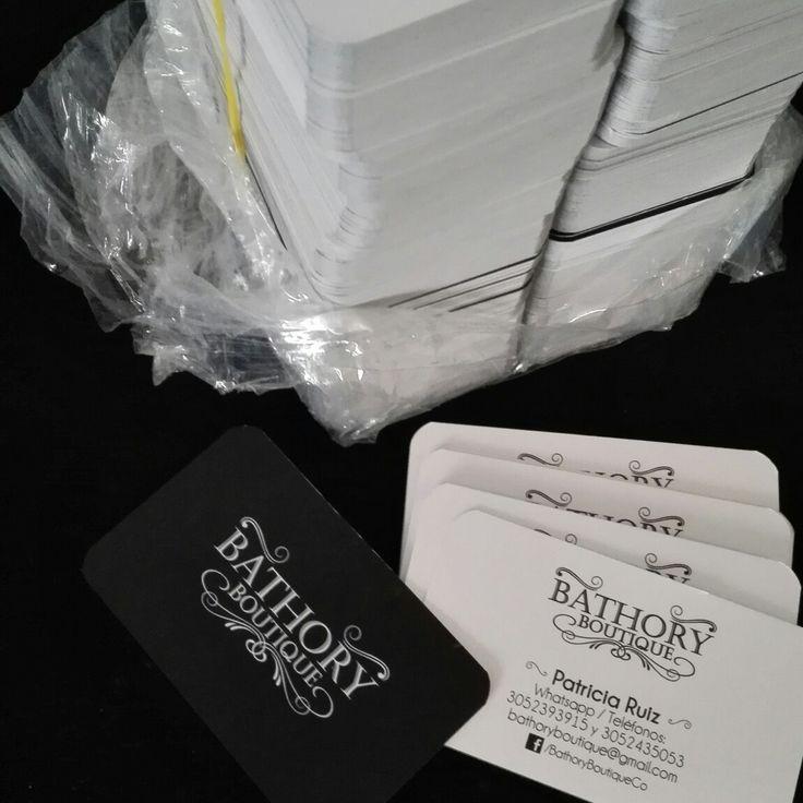 #BathoryBoutique #EntreBastidores Ya tenemos nuestras tarjetas de presentación!!