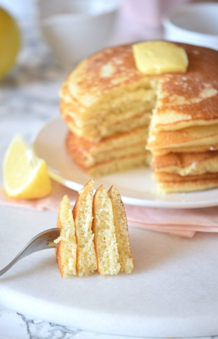 This easy lemon pancake recipe is everything you'll want to eat. Seriously guys BEST Lemon Pancake Recipe EVER!!!