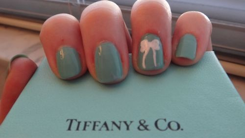 When I get a Tiffany item (I will soon!!) IM DOING THIS!