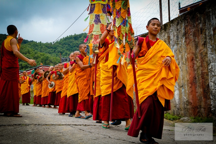 young buddhist monks in the annapurna region