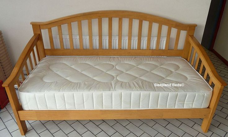 wooden day beds premium maple wooden daybed by sleepland beds home decor pinterest. Black Bedroom Furniture Sets. Home Design Ideas