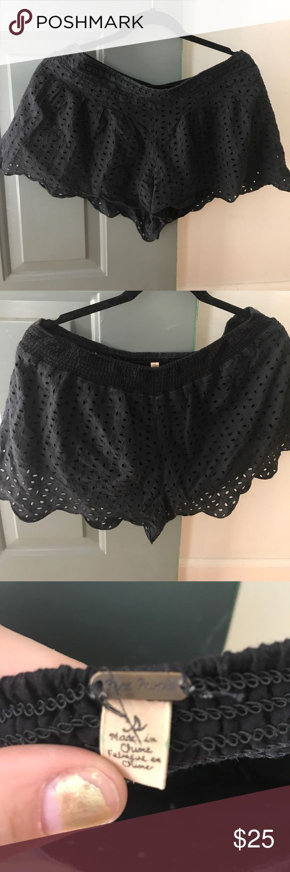 Free People black Eyelet shorts Scalloped hem lightweight great for spring/summer. Elastic waistband. VGUC Free People Shorts